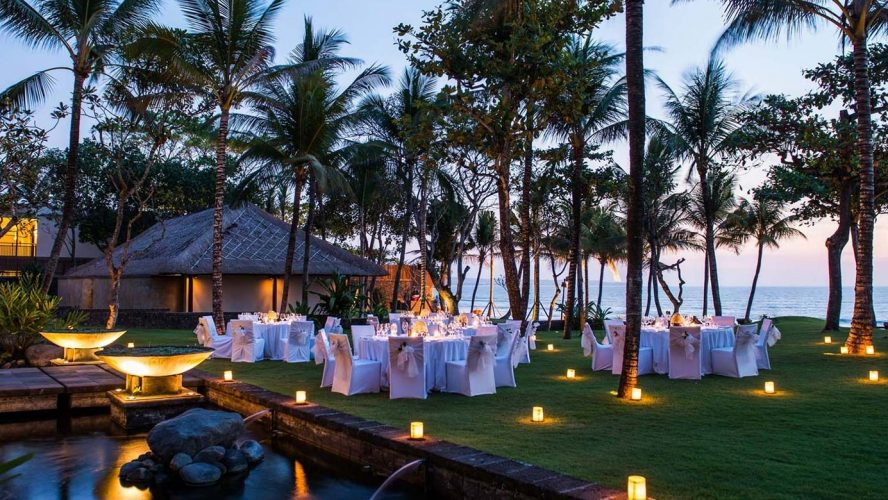 Good reasons to stay in a luxury resort